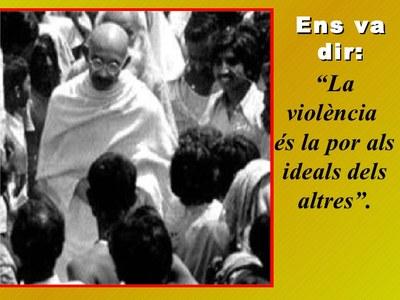 Dia escolar de la no-violència. Aniversari de la mort de Gandhi (1948).